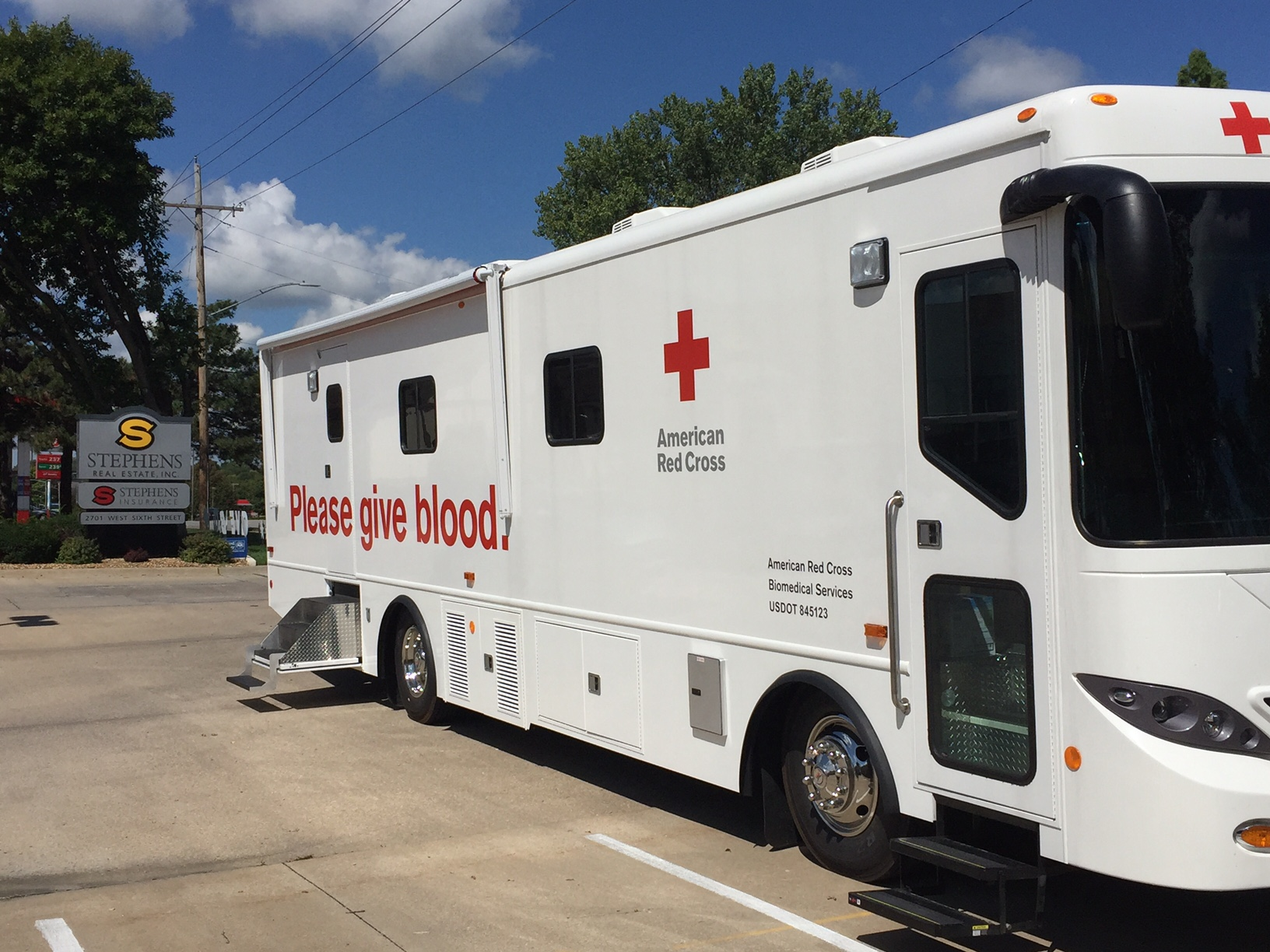 Stephens Real Estate to Host Blood Drive